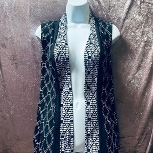 Travelers by Chicos Geometric Print Open Vest